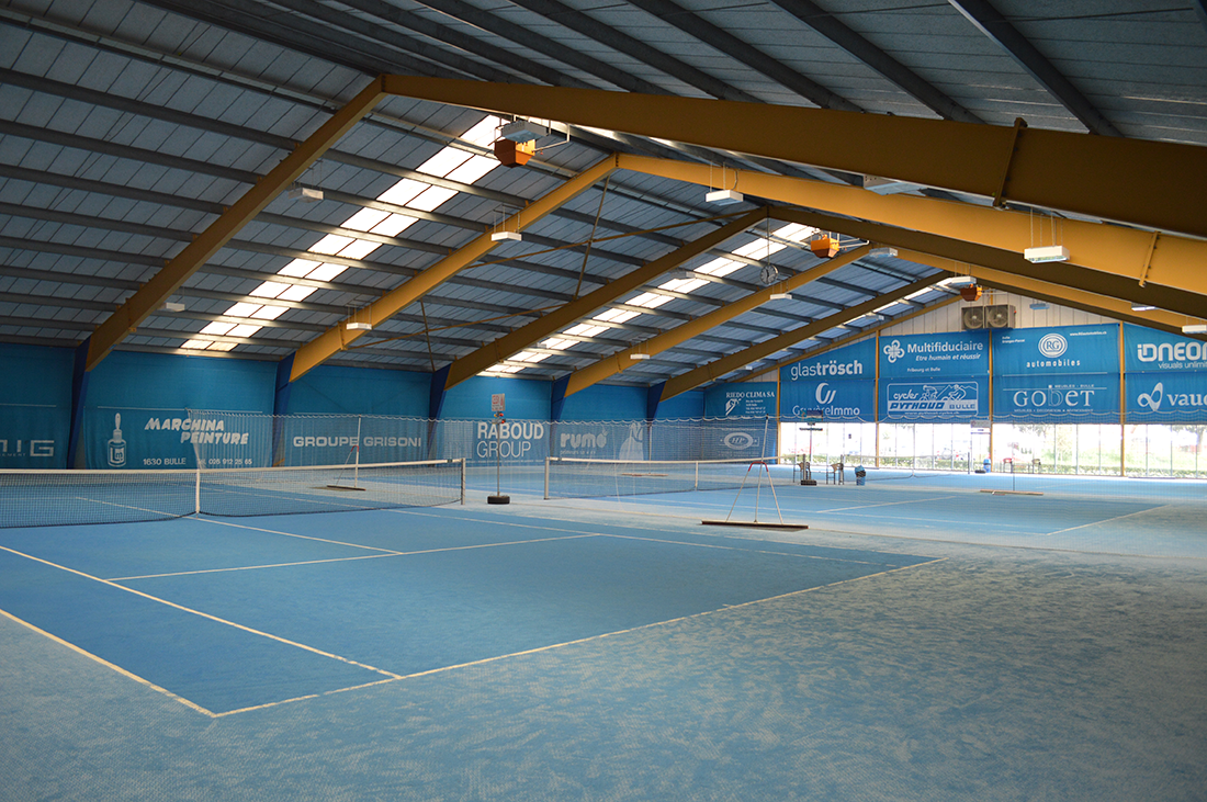 Tennis int rieur centre de tennis bulle for Eclairage court de tennis exterieur
